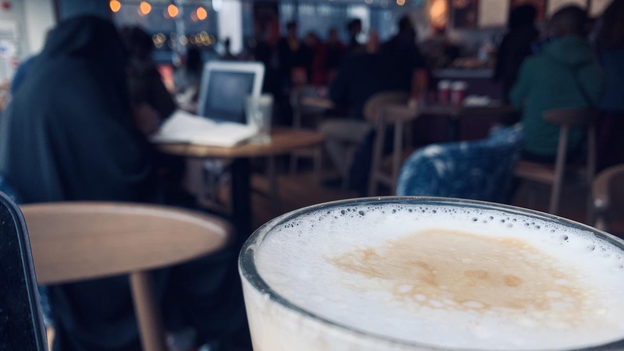 喝杯咖啡壓壓驚